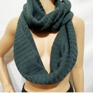 H&M Divided Green Infinity Scarf Wrap Women